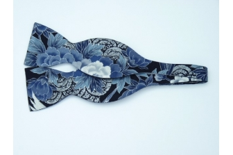 Japanese Cranes Self Tie Bow Tie