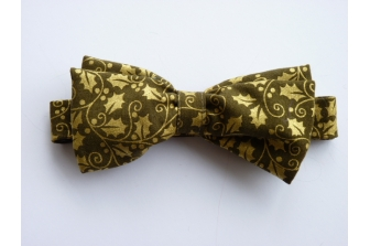 Gold Holly Pre Tied Bow Tie