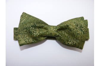 Apple Green/Gold Paisley Pre Tied Bow Tie