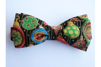 Christmas Baubles Pre Tied Bow Tie