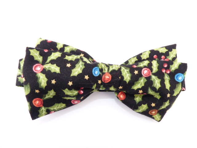 Holly and Baubles Pre Tied Bow Tie