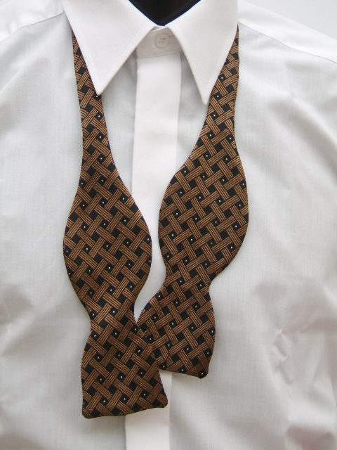 Copper/Gold Spot Self Tie Bow Tie
