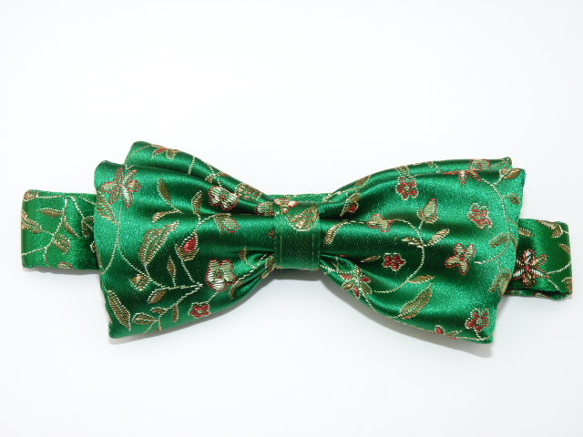 Green Small Flower Pre Tied Bow Tie