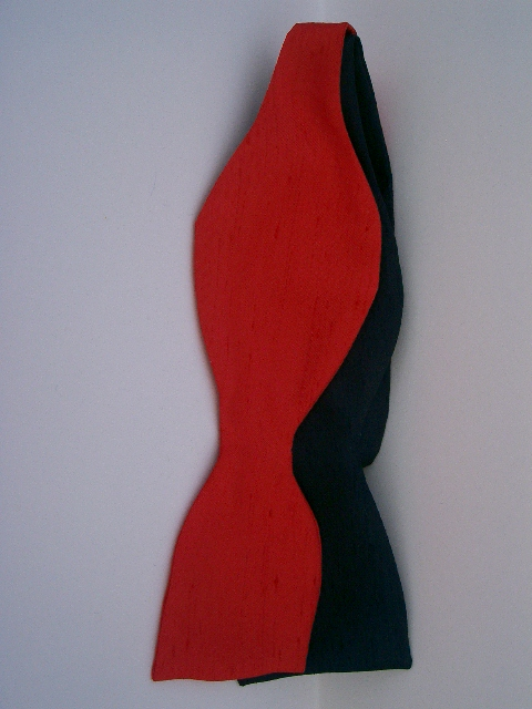 Black/Red Silk Self Tie Bow Tie