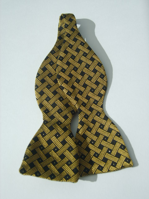 Gold Spot Self Tie Bow Tie
