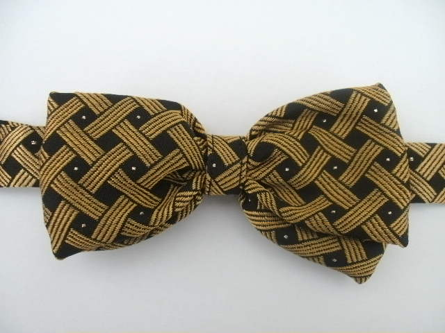 Gold Spot Pre Tied Bow Tie