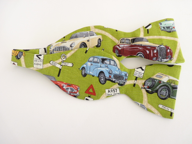 Classic Cars Self Tie Bow Tie