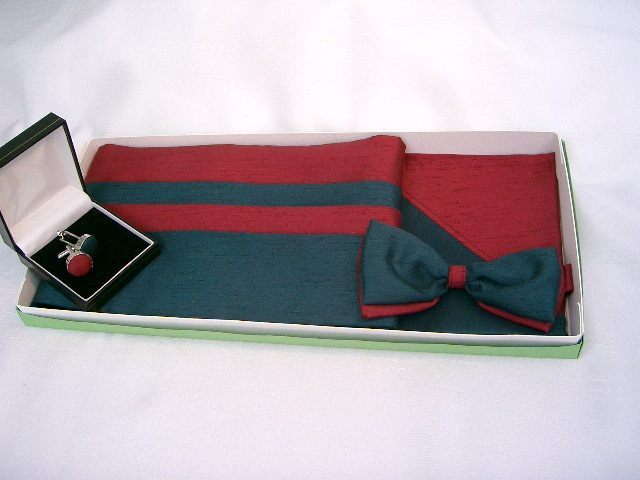 Burgundy/Green Cummerbund Set